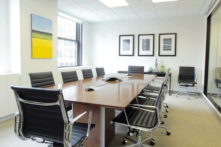 Hình ảnh văn phòng cho thuê trang bị đầy đủ nội thất