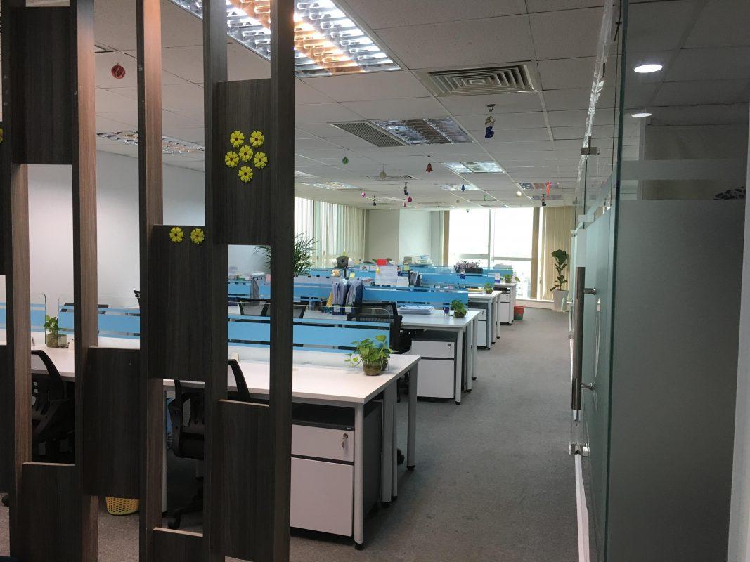 Hình ảnh văn phòng cho thuê đầy đủ trang thiết bị nội thất