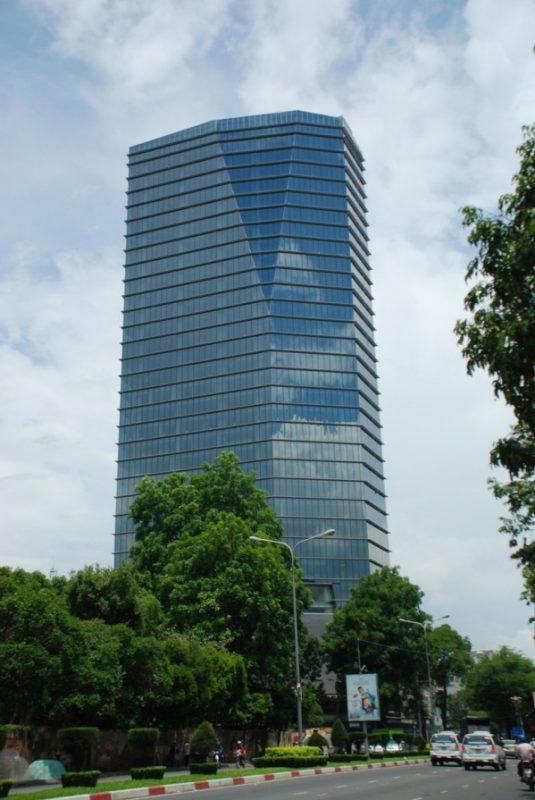 Hình ảnh tòa nhà Lim vị trí đắc địa, giao thông thuận lợi