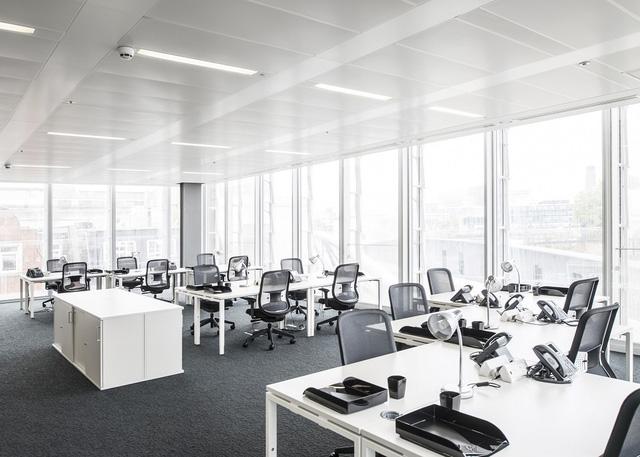 Bạn có thể thuê phòng họp hoặc không gian làm việc theo giờ